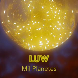 Mil Planetes