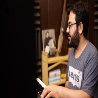 Tura Che Terezi (Feat. Waqar Atal)