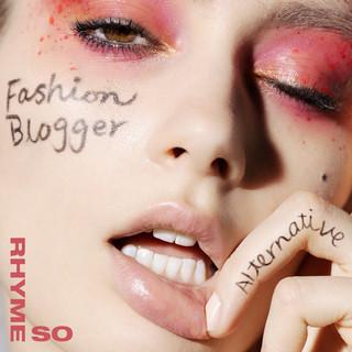 Fashion Blogger (Alternative)
